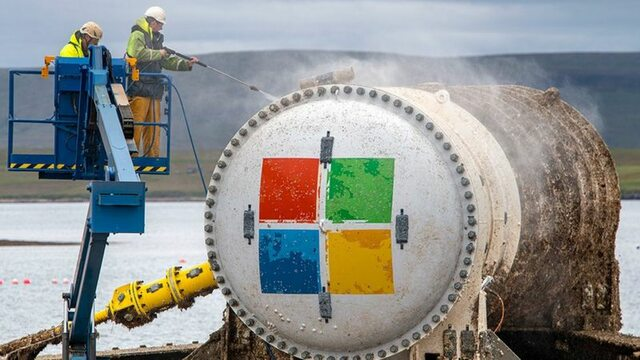 Microsoft server room pulled out from the bottom of the ocean after two years.